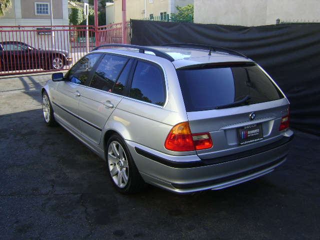 2001 bmw 325i 4d wagon. Black Bedroom Furniture Sets. Home Design Ideas